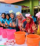 At the celebration of the 2017 Global Handwashing Day in Makassar city. Photo Credit: USAID/Indonesia